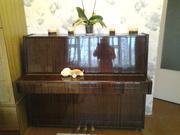 продам пианино Беларусь 3-х педальное